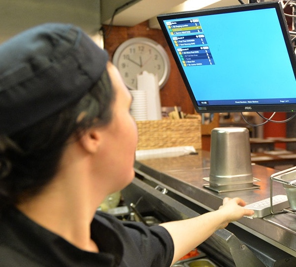 Increase Order Accuracy and Speed with Kitchen Display Systems